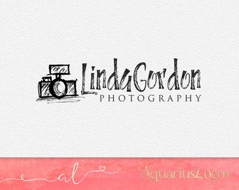 Photography logo design using a sketched camera - DIY Photography watermark logo - camera logo design template