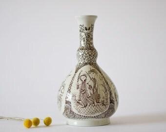 RARE Wiinblad - 1001 nights - tall vase - for Nymølle - brown / white - mid century