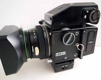 Bronica ETR-Si with Zenzanon-MC 75mm f/2.8 near MINT-package deal