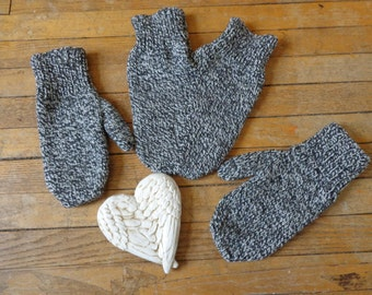 Adult Lover's Mittens- Black and White