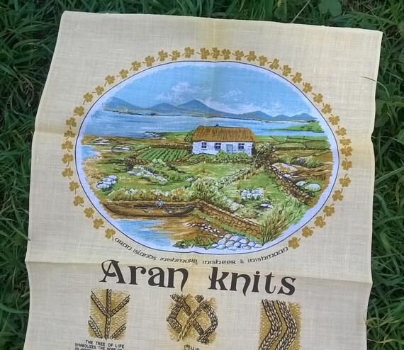 Aran Knits Linen Dish Cloth Aran Islands Shamrocks Book of Kells Daniel Aran Jersey Beige Irish Kitchen Towel Unused #sophieladydeparis