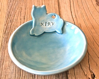 Personalized Cat Bowl - Handmade Organic Shape Stoneware Cat Bowl in Grey  -  Cat bowl with heart cut out - Stoneware Bowl with Cat