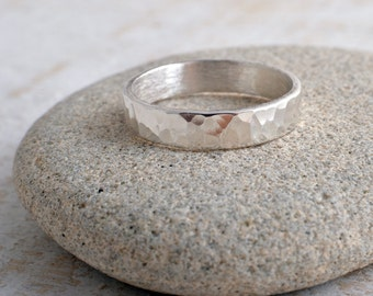 Silver ring 4mm sterling silver band ring hammered band ring 925 hammer finish made in UK