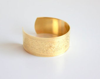 Vintage gold plated cuff bracelet, engraved with foliage. Love in Bloom collection. Wedding