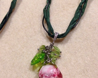 lampwork necklace with peridot