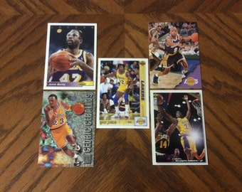25 Los Angeles Lakers Basketball Cards