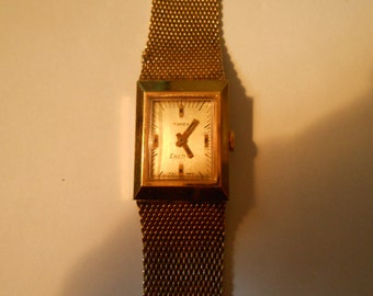 vintage ladies timex electric watch