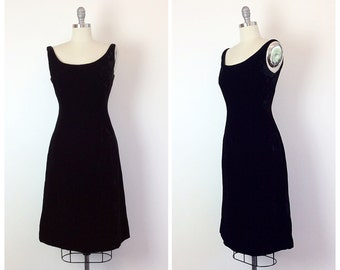 60s Black Velvet Lord and Taylor Wiggle Dress - 1960s Vintage Little Black Party Dress -  Medium - Size 6