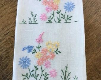 Embroidered guest towel, vintage