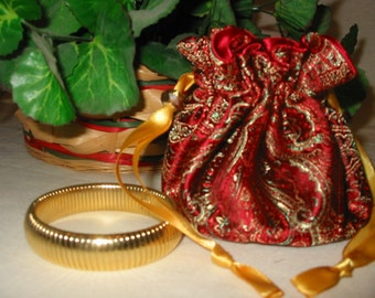 """Red and Gold Brocade Travel Jewelry Bag """"Gift-Away"""""""