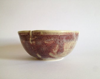 Beige and blood red bowl