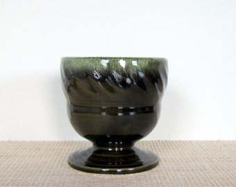 Vintage Hull Pottery Green and Brown Swirl Side Planter Design F24