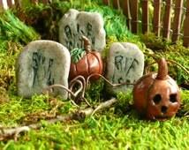 3 Headstones and 2 Pumpkins Halloween Accessories Fairy Garden Landscape