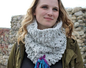 Art Yarn Cowl - Elegant Cowl - Super bulky Snood - Crochet Hooded Scarf - Chunky Cowl - Fair Trade Cowl - Bulky Neckwarmer - Ladies Cowl
