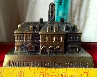 Pot metal bank,still bank,Worchester Federal Savins,Mass.