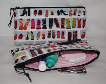"Zipper Pouch 7.25"" x 3.5"" Cosmetic Bag in Shoe Diva Print Cotton with Pink Quilted Cotton Lining"