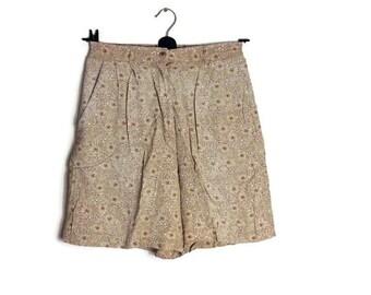 vintage 90s summer shorts // beige floral shorts // boho grunge shorts // vintage brown flroal shorts // loose shorts size 8