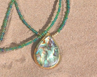 Necklace Drops of the Sea: Green & Gold