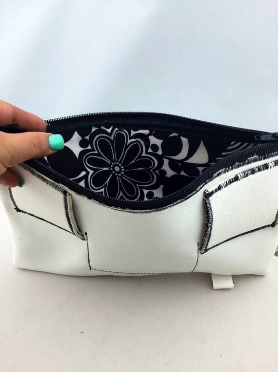 White Faux Leather Fanny Pack/Utility Belt or Clutch w/ Black & White Vintage Textile Interior by BandHäna