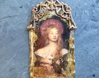 Pre-Raphaelite Woman Golden Aged Pendant-Madonna Vintage Style Resin Pendant, amber, gold, charm