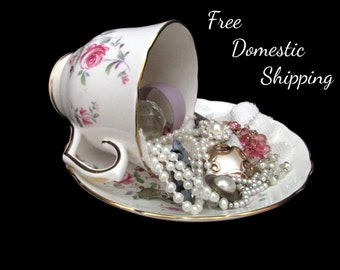 Teacup Decor, Jewelry Decor, Vanity Decor, Upcycled Jewellery Decor, Musical Teacup, Repurposed Teacup, Gift for Her Mom, Free US Shipping