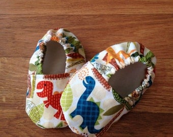 Baby Booties with Dinosaur Print