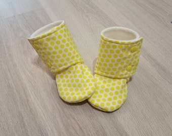 Baby Booties, Baby Gifts, Stay-on Boots, Fabric Boots, Trendy Baby Boots, Baby Shower, Baby Girl, Baby Boy, Stay-on Booties, Yellow Booties