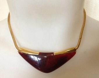 Vintage crown Trifari 1970s Lucite modernist necklace
