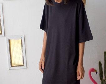 Loose T-Shirt Dress in Black // Casual T-Shirt Dress // Black T-Shirt Dress