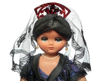 Vintage Spanish Doll, 1960s Linda Pirula Traditional Costume Doll Designed for Munecas de Alba, Miniature Jewellery Mantilla, Flamenco Doll