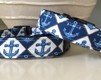 Dog Collar / Blue White /  Anchors Nautical