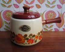 Vintage Japy Cream Enamel Fondue Pot Saucepan Orange Red Flowers Wood Handle Cover Mid Century Modern French Kitchenware Enamelware 1970's