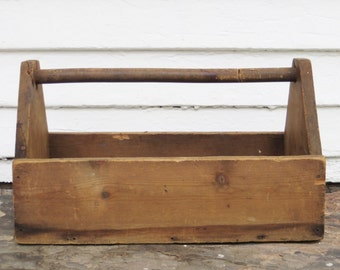 rustic wood tote ~ wood toolbox ~ wooden box ~ wooden tote ~ wooden toolbox ~ wood box ~ storage container ~ barn box ~ farmhouse antique