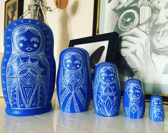 Large bule Russian doll set