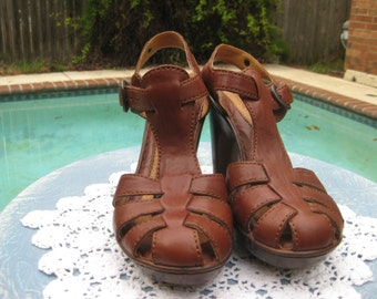 Vintage 1990 Born HANDMADE shoes that are so comfortable and Stylish!!!