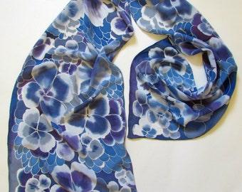 Silk Scarf. Hand painted dark blue Silk Scarf with flowers.Chic designer scarf.Size 16/68. 100% silk. Made to Order