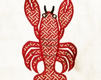 Adorable lobster machine appliqué design in 4 Sizes.  Stitch out this crazy crustacean on an apron or some kitchen towels.