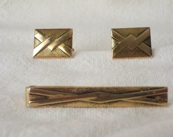1950s Vintage Jewelry Set of Cuff Links and Tie Clasp and/or Scarf Holder made by Swank