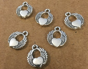 Angel wing love charms (10 pieces)