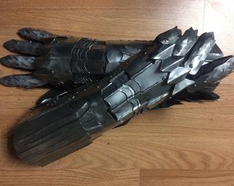 Witch King style steel gauntlet, costume gauntlets, set of 22 gauge or 26 gauge gauntlets