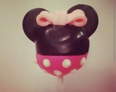 Minnie Mouse cake pops dessert party favors