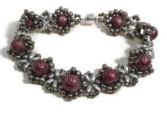 Beadwork Bracelet, Beadweaving, Seed Bead Bracelet, Beaded Bracelet, Silver, Purple, Daisy