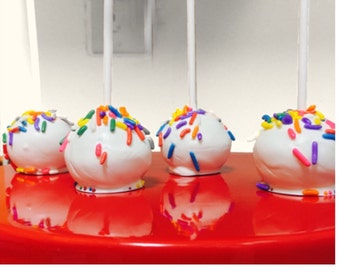 12 Rainbow Cake Pops