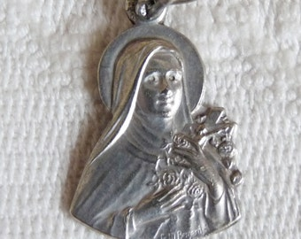 Saint Therese Of The Roses Silver Plated Medal Signed Father M Perani, With 18 inch silver rolo chain circa 1930