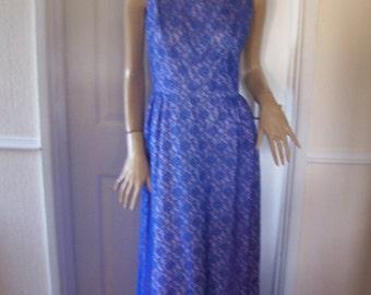 Authentic Vintage Beautiful & Unique Pale Lilac/Violet Lace Maxi Dress sz 8 * Pristine