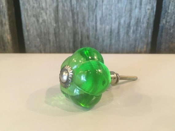 Green Glass Cabinet Knobs And Drawer Pulls: Green Glass Knobs Bathroom Knobs Dresser Knobs Cabinet
