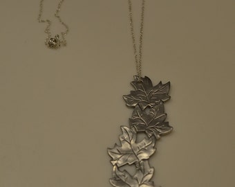 Vintage Unique silvery-grey autumn fall leaves/leaf necklace; earth forests