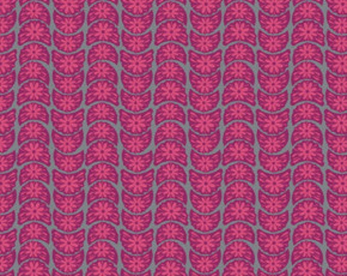 True Colors Anna Maria Horner Crescent Bloom Fuchsia - 1/2yd
