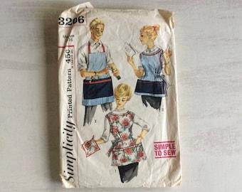 Vintage Sewing Pattern for Misses' & Men's Apron and Potholder