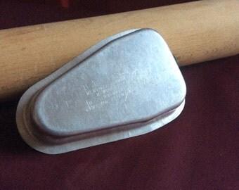 1pc. 1950's Aluminum Ice Treat Mold  *Vintage*